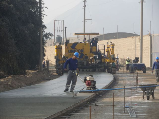 Cajamarquilla Avenue Paving